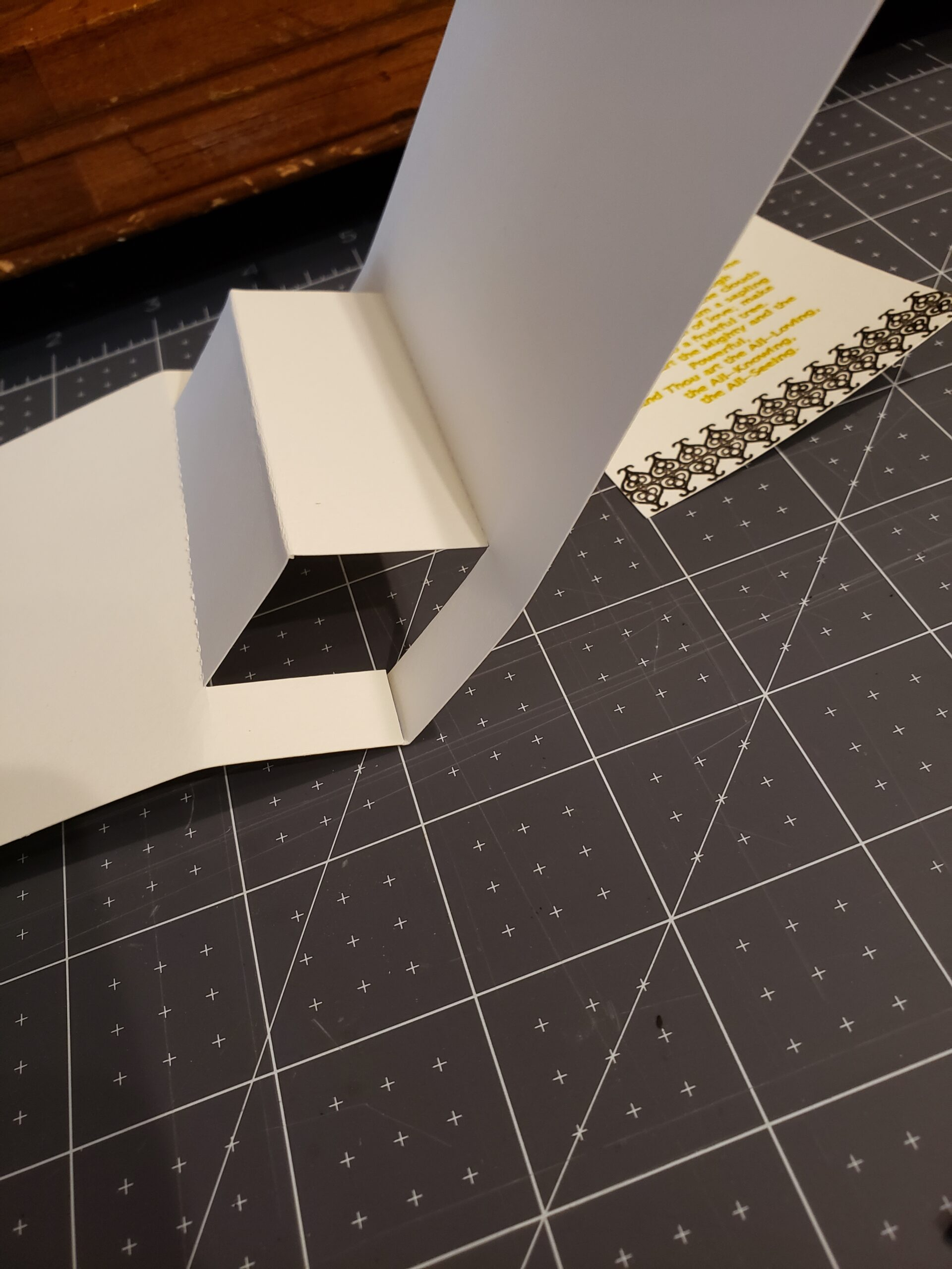 Side view of popup card